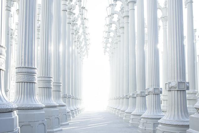 Expanding White Light